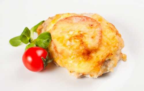 Узнай рецепт свинины с помидорами в духовке,